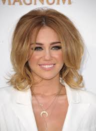 9 great ways to react to miley cyrus u0027s new haircut the daily edge