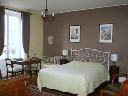 chambres d hotes booking bed and breakfast domaine des perrières crux la ville