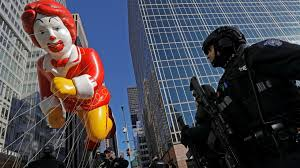 new york city s 91st annual thanksgiving parade wrapped up in heavy