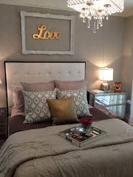 Grey Themed Bedroom by Too Many Different Colors But I Love The Decor Above The Bed