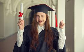 cool graduation gifts check out these 4 cool graduation gifts tips royaldanisa