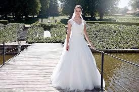 brautkleider a linie mit trã gern brautkleider lilly 2017 kreative hochzeit ideen weddinggallery