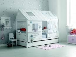 cabane fille chambre lit cabane fille 90x200 blanc contemporain chambre d enfant