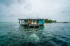 House Over Water File Casa Ventanas Over Water Bungalow Jpg Wikimedia Commons