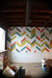 Wall Paintings Designs Decorando Con Papel Pintado Con Triangulos De Colores Triangles