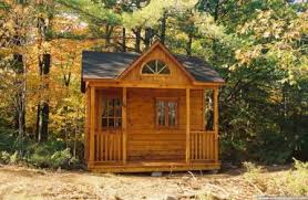 small backyard cabins best 25 backyard cabin ideas on pinterest