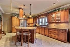 armoir de cuisine les matériaux pour armoire de cuisine cuisines poirier