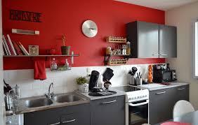 deco peinture cuisine tendance cuisine une merlin peinture armoire architecture chaane salle