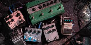 6 steps to building your complete custom pedalboard rig reverb news