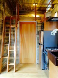 Airbnb Tiny House La Petite Maison Tiny House Airbnb Portland