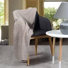 plaid taupe pour canapé plaid plaid pour canapé confort de couleurs taupe taille 140 x