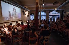 Suche Wohnzimmer Bar Querfeldein Mit Janna Nandzik Kupferblau U2013 Campusmagazin Tübingen