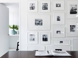 blank gallery wall 8 ways to decorate a blank wall gallerie b