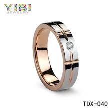 cincin tungsten carbide desain klasik dari tungsten carbide pria naik emas cincin tungsten