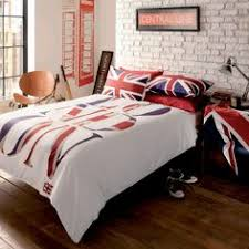 Passport Bed Set Passport London And Paris Reversible Duvet Cover Set In Black