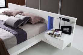 High Gloss White Bedroom Furniture by Modern White Lacquer Bed