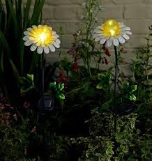 outdoor solar lights with on off switch daisy solar stake light twin pack by smart solar 76 50
