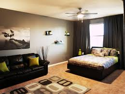 Bedroom Furniture On Everybody Loves Raymond Bachelor Bedroom Design Photos And Video Wylielauderhouse Com
