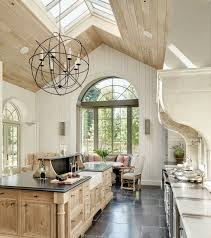 Ceiling Lights For Dining Room by Best 25 High Ceiling Decorating Ideas On Pinterest High