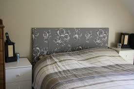 jeux de dans sa chambre diy tete avec reine capitonnee une meme blanc lambris jeux lit sa