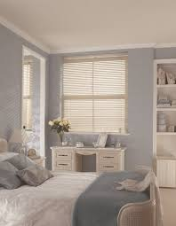 white wood venetian blinds for your bedroom from hillarys get