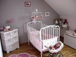 decorer chambre bébé soi meme deco de chambre bebe fille deco chambre bebe fille en jaune pastel