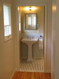 ideas to remodel a small bathroom ideas