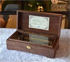 Engraved Music Box Juglans Regia Walnut Black 18 30 36 50 78 Note Music Movement
