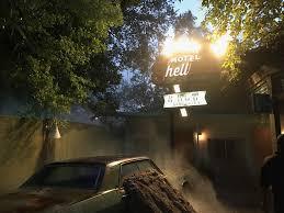 hotels near halloween horror nights in orlando howl o scream evil encore vs halloween horror nights 26 u2013 park pass