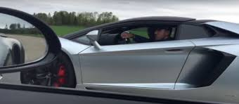 porsche lamborghini lamborghini aventador roadster drag races porsche 911 turbo s with