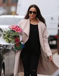 Meghan Markle Toronto Home by Meghan Markle Shopping For Flowers 18 Gotceleb