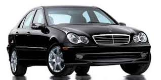 Black Mercedes Benz C240