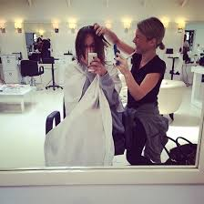 why kaley cucoo cut her hair kaley cuoco chops off her long locks in favour of a bob haircut