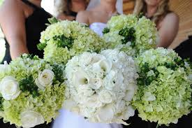 bridesmaid bouquets bridal bouquet meaning origin and symbolism everafterguide