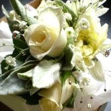 White Rose Wrist Corsage Corsage Flowers U0026 Boutonnieres For College Balls U0026 Prom Auckland U0026 Nz