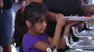 thanksgiving volunteer los angeles annual anaheim free thanksgiving dinner feeds 15 000 nbc
