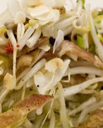 cuisiner les germes de soja salade de soja germés bacon et noix de coco pour 4 personnes