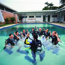 padi advanced scuba diving courses cairns great barrier reef