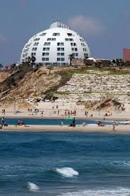 Geodesic Dome House 500 Best Dome Images On Pinterest Geodesic Dome Dome House And