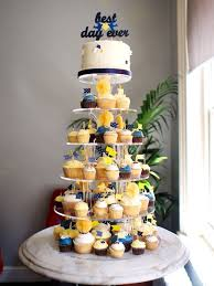 Cupcake Wedding Cake 17 Best Tajah U0027s Wedding Images On Pinterest Wedding Cake