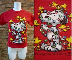 snoopy christmas t shirt vintage t shirt 90s t shirt vintage snoopy shirt xs