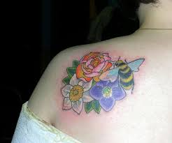 Ladybug And Flower Tattoos - 32 best hovering bee tattoo images on pinterest bee tattoo