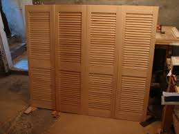 Slatted Closet Doors Louvered Closet Doors For Bedrooms Home Design Ideas