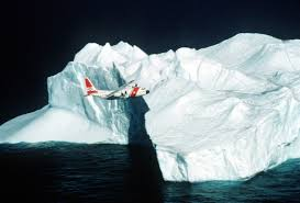 what is the international ice patrol and how ships avoid icebergs