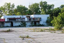 abandoned places in indiana abandoned strip mall gary indiana abandoned abandoned