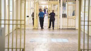 au bureau fleury merogis des dizaines de smartphones retrouvés à la prison de fleury mérogis