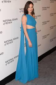 dress gal gal gadot dress controversy the