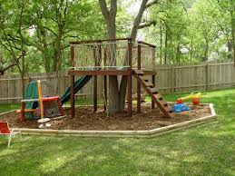 Small House Build Best 25 Simple Tree House Ideas On Pinterest Diy Tree House