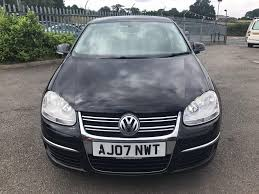 volkswagen jetta se 1 9 tdi 4 door saloon black 2007 in