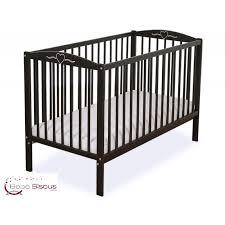 chambre bebe noir lit bébé bois marron foncé